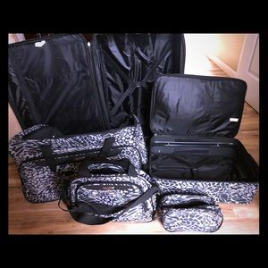 BRAND NEW 5 PC ZEBRA PRINT luggage set with wheels